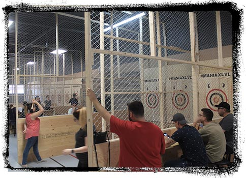 Maniax Axe Throwing